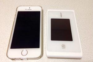 iPhoneSEとWX04